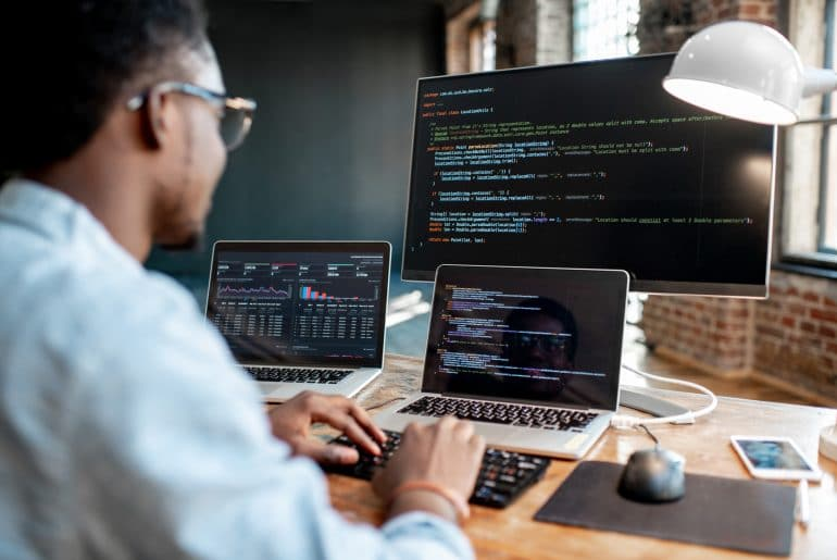 Top 5 programming languages every programmer should know in 2019