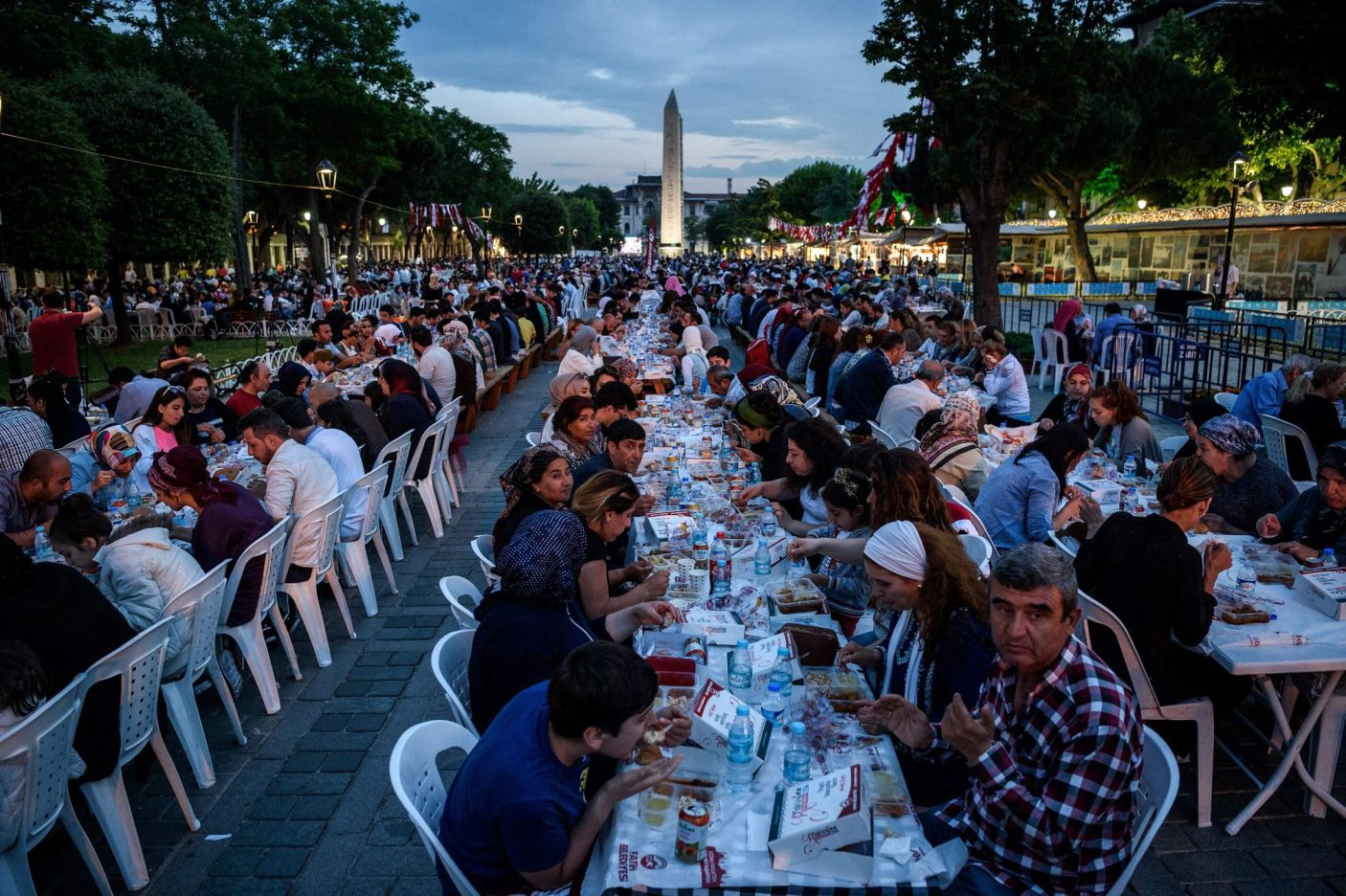 Thousands of Turkish people break their fasting at the Blue Mosque square in Istanbul, during the first day of the holy month of Ramadan, on June 6, 2016. Ozan Kose, AFP